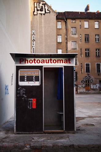 lonely automaton