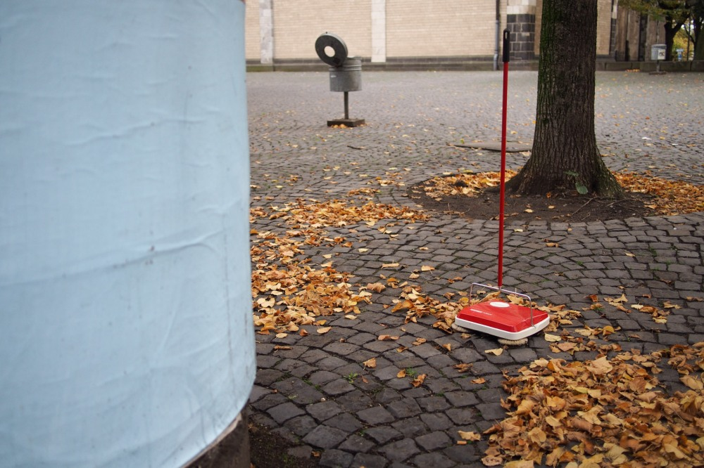dead leaves and a lonely vac I